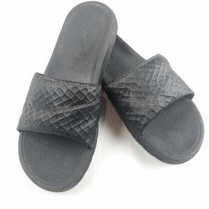 Mens Nike Black Slides Size 10